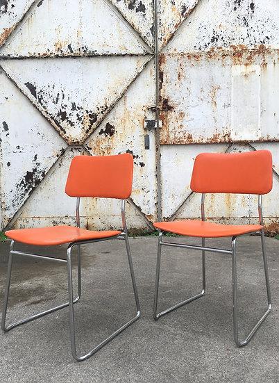 Paire de chaises 70's