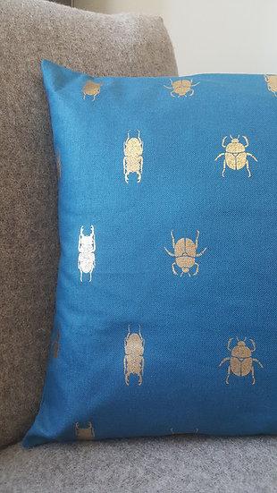 Coussin scarabées