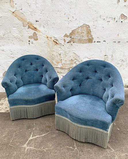 Paire de fauteuils crapauds bleus
