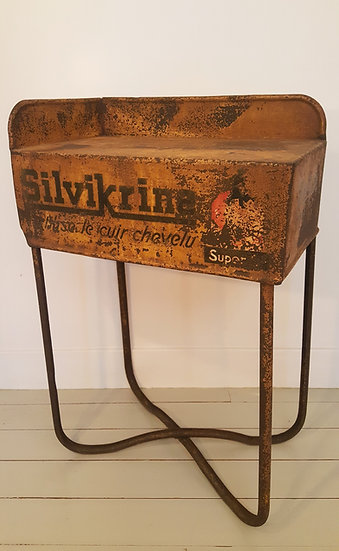 "Table d'appoint ""Silvikrine"""