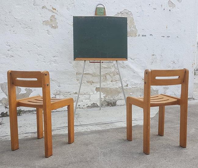 Paire de chaises en bois pour enfants
