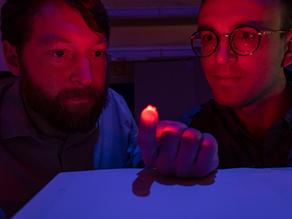 Tiny wireless device illuminates neurons in the brain