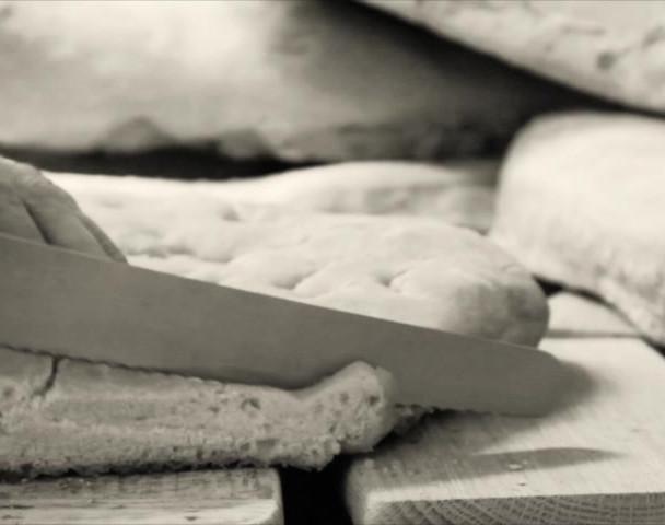 bread small 2.mp4