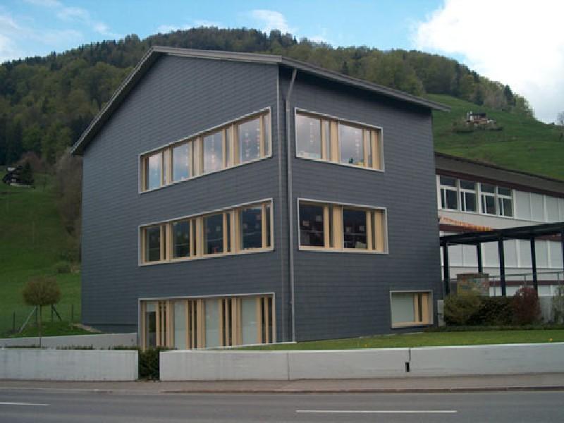 Schulhaus, Vorderthal