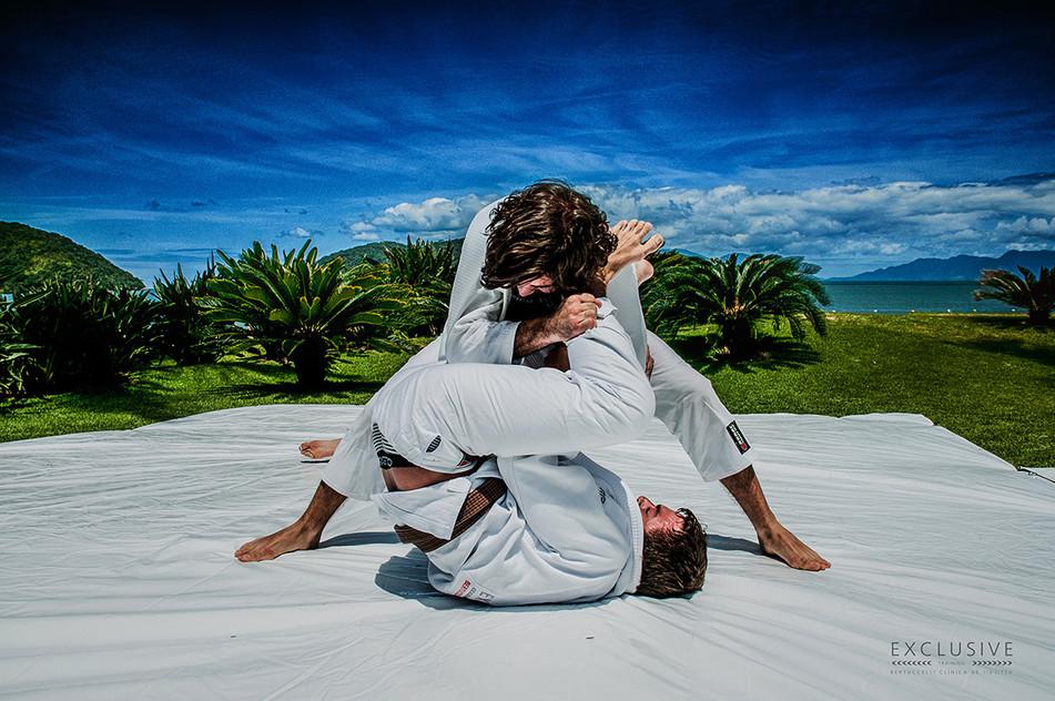 """""""NIK 3547 Metacrilato"""" - Exclusive Jiu-Jitsu Master Class Camping, 2014"""