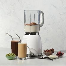 Chocolate & Vanilla Protein Shake social