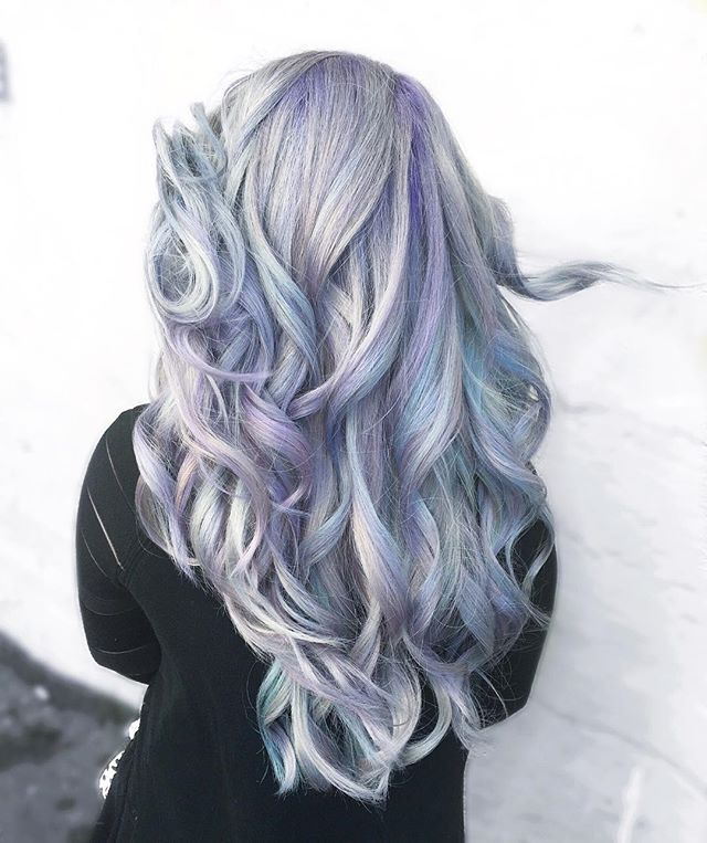 💿Silver Lavender Holographic💿 Kind Of Our Signature Look. Color By Michael Style By Jacqui