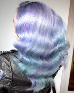 Metallic Mermaid 💜🧜🏻‍♀️ Who Else Loves That Super Shine In Their Hair💎_ By Melody & Michael Usin