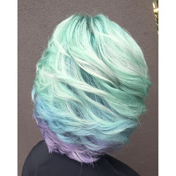 Luck of the Irish! Getting ready for St.Patrick's Day with this _pravana Mint and Pastel Creation by