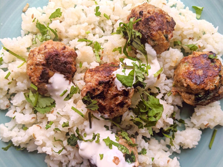 Moroccan-spiced Lamb Meatballs with Yoghurt Dip 🐑