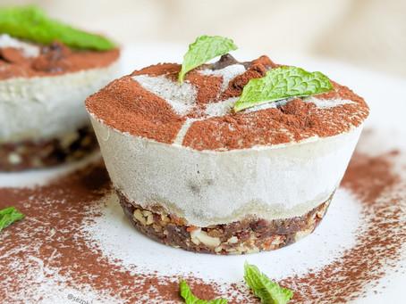 Vegan Mint Choc Cheesecakes 🌱