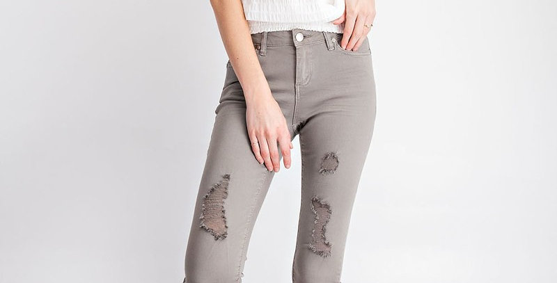 Easel Distressed Jeans