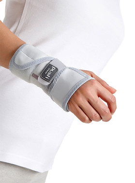 2102m-wrist-800px-3.jpg