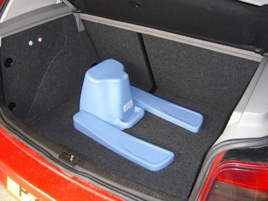 ek-in-vw-golf-boot.jpg