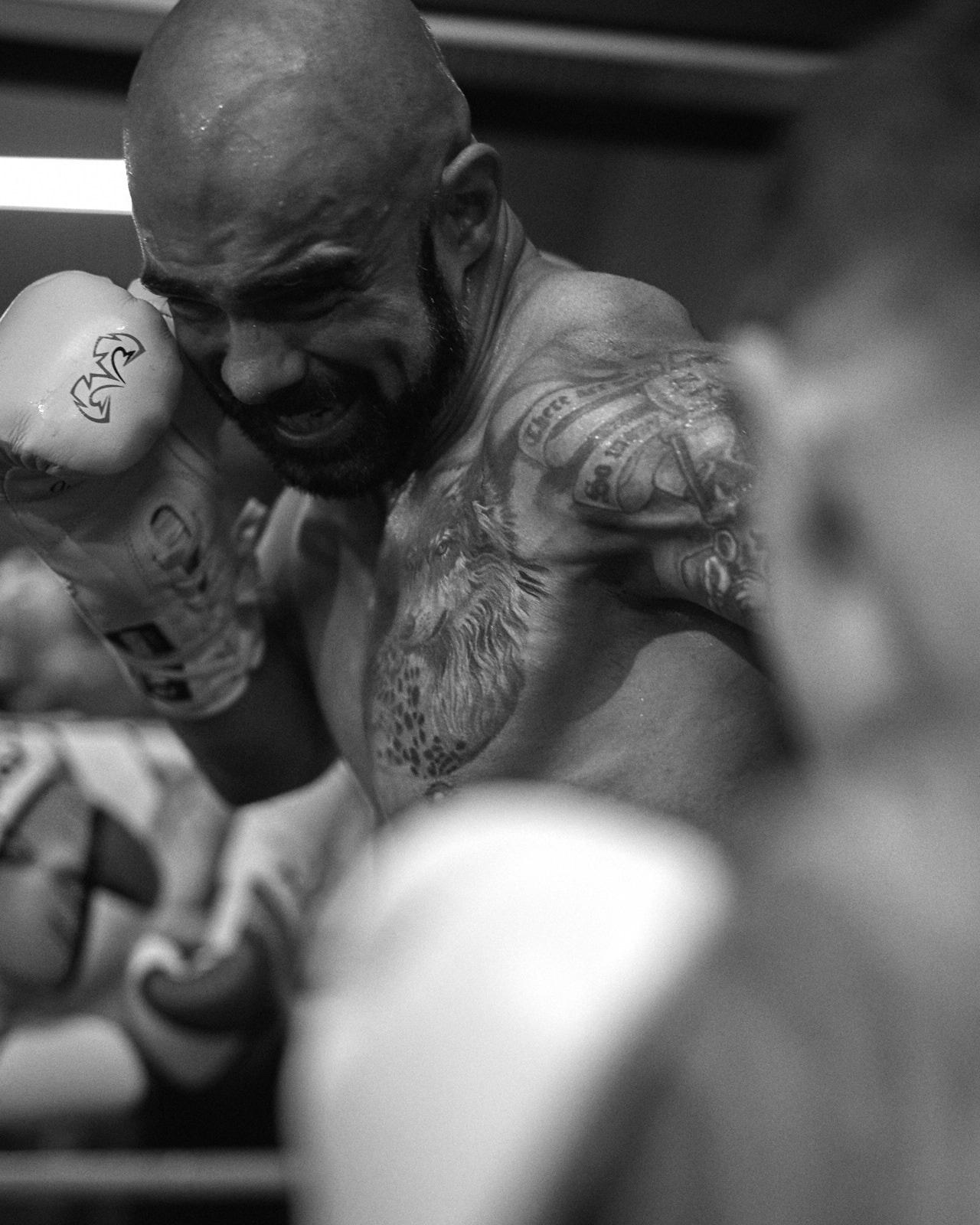 201002_ian_boxing_0484