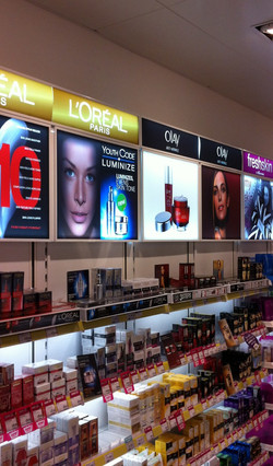 superdrug_fineline_led_lightbox_large_1.