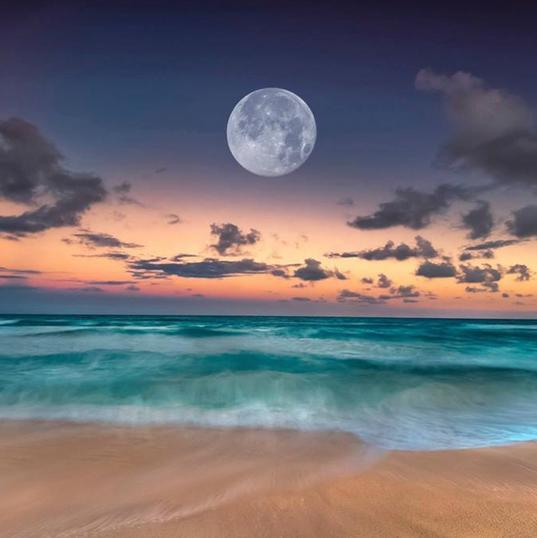 Luna Caribeña