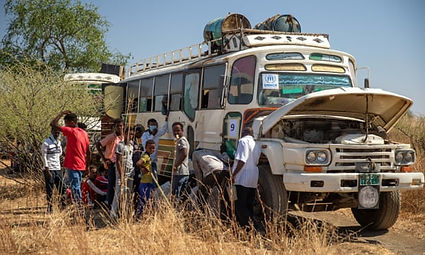 Thousands flee from war crimes in northe