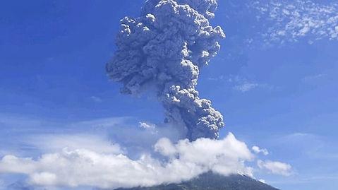 How Mount Ili Lewotolok Affects Indonesi