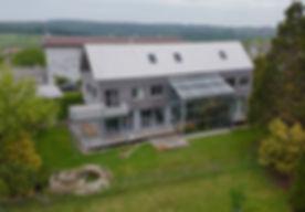 Rueckansicht Haus von oben.jpeg