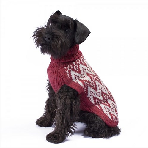 Hundepullover in rotem Andenmuster, Sitzansicht