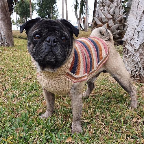 gestreifter Hundepullover, Seitenansicht