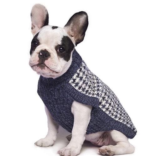 blauer Hundepullover, Sitzansicht