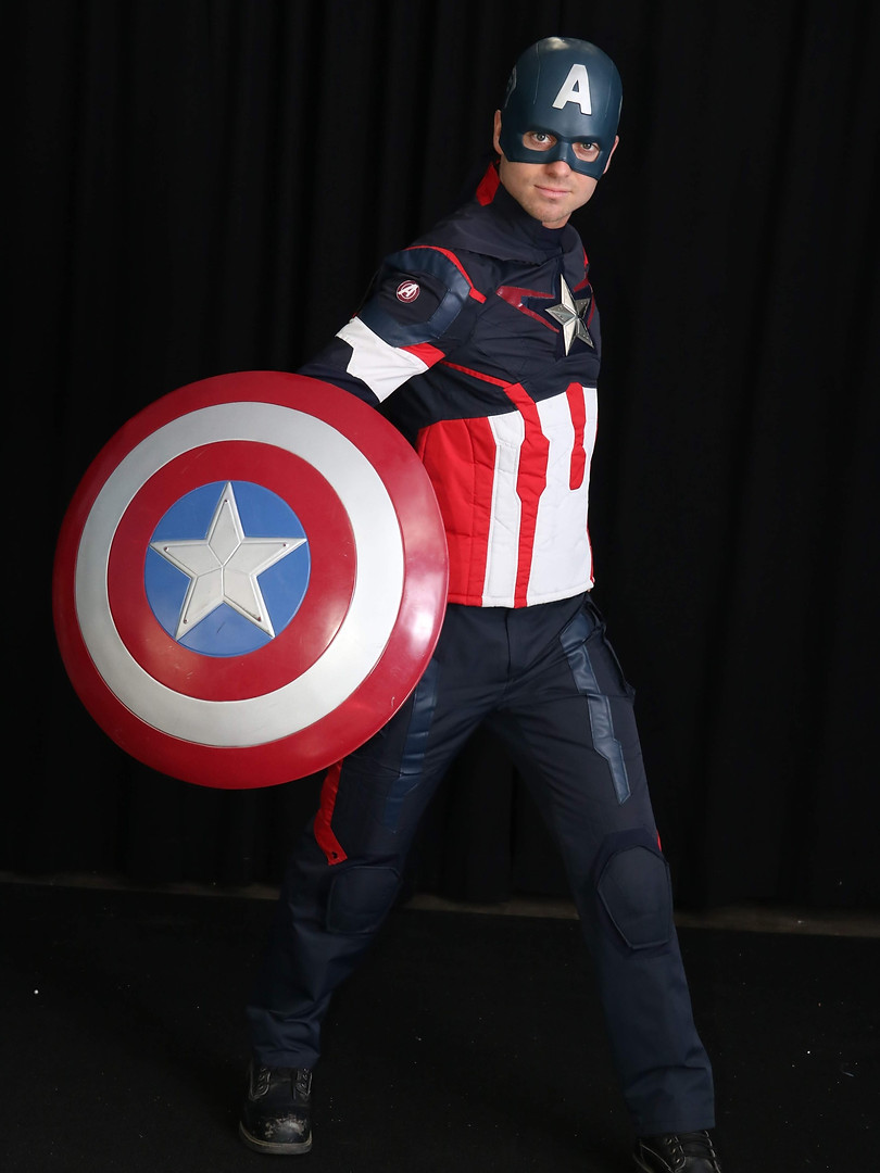 CAPTAIN%20AMERICA%201%20(1)_edited.jpg
