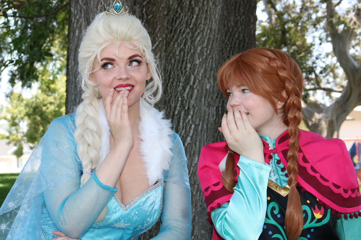 ELSA AND ANNA BANNER PHOTO.jpe