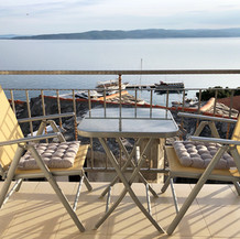 SolineHome Brela | House for rent | Balcony chairs