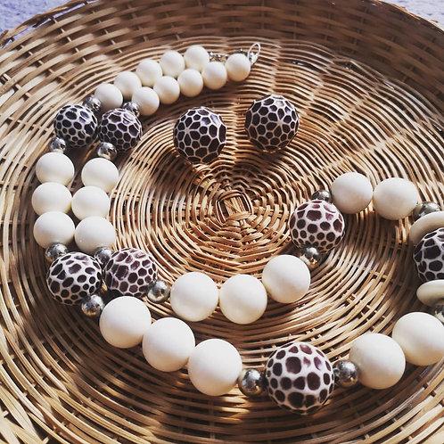 Vintage bead set