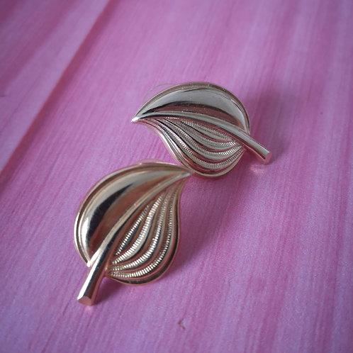 Golden leaf stud earrings