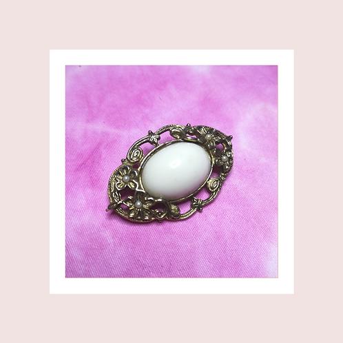 Vintage faux pearl Brooch