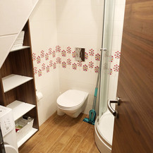 SolineHome Brela | House for rent | Shower + WC room