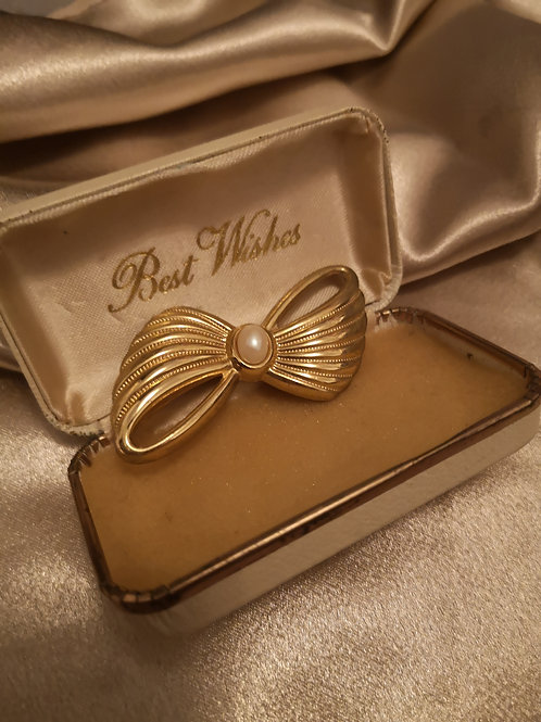 Best wishes pearl brooch