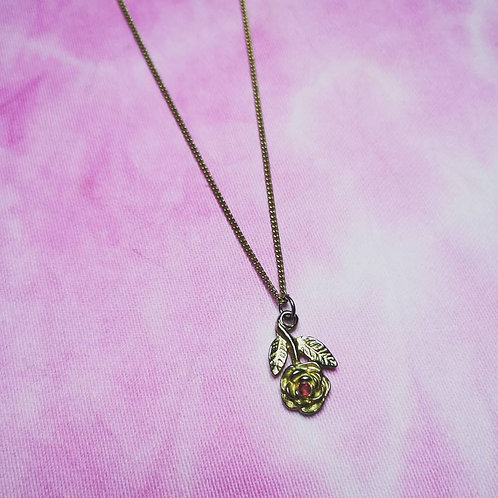 Small rose pendant necklace