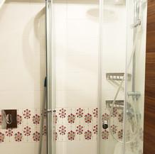 SolineHome Brela | House for rent | Shower