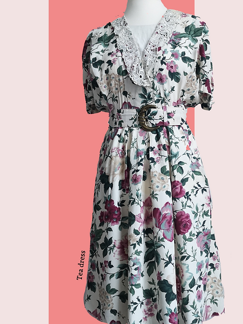 Floral vintage tea dress