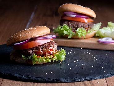 barbecue sauce, burger, grillen, gericht, rezept des monats, kochen, app, kulinarik, kochbuch, kochanleitung