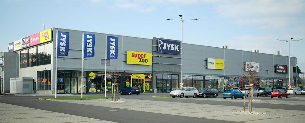 Retail park.jpg