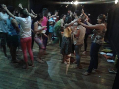 Ateliê Sabenças e Encantos do Era Uma Vez Brincando para soltar o corpo Arcoverde-PE Foto: Clecilene Lima