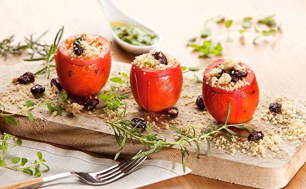 tomate-recheado-cuscuz.jpg