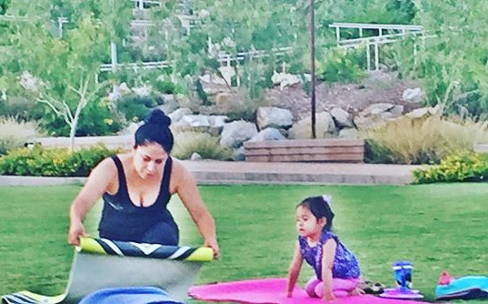 Mommy daughter time #thelittlestyogi #daretodreamyoga #tuesdayyoga #freeyoga