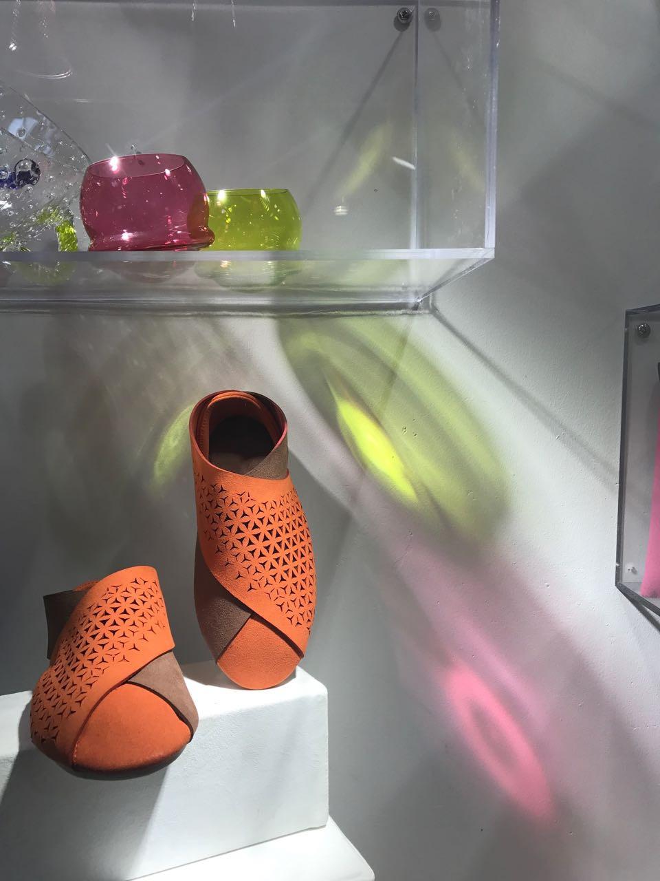 Milan Sipek(米兰 西派克)先生在上海体验店中的设计师产品