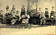 Cordonniers Fouriscot 1884.jpeg