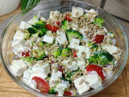 🍅🥦 Sałatka z brokułem, fetą i pomidorami  🥗 pysznie i kolorowo 🥦🍅