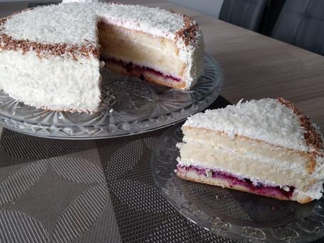 Jak zrobić prosty tort z bitą śmietaną i mascarpone