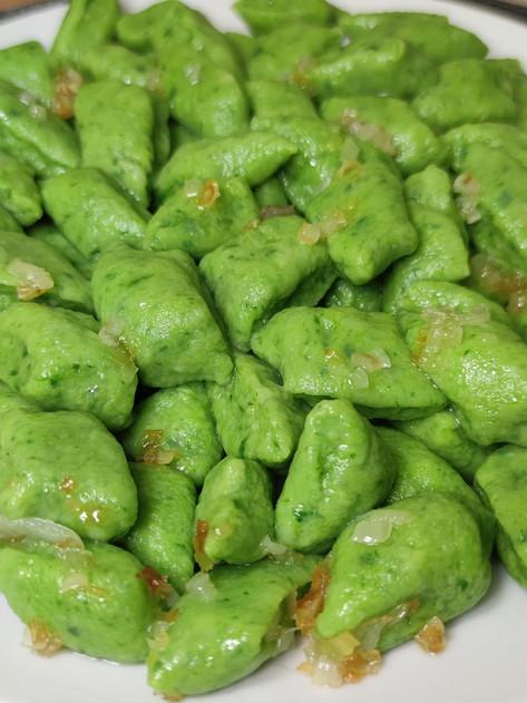 Zielone kopytka ze szpinakiem