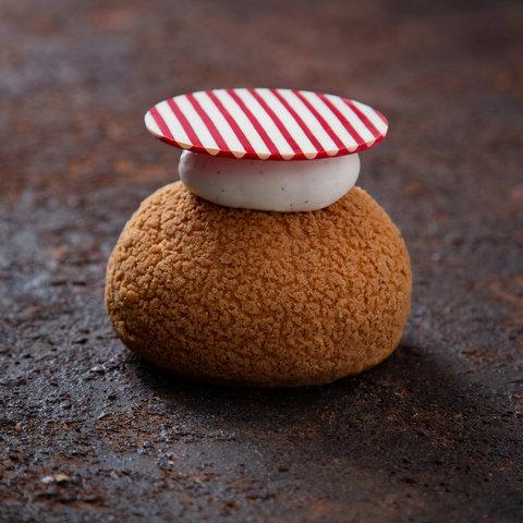 Cheesecake Cream Puffs.JPG.jpg