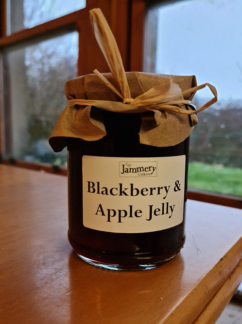 Blackberry and Apple Jelly